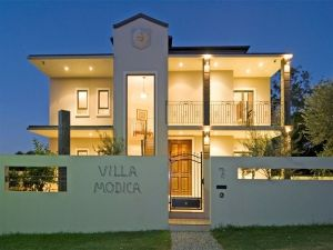 Villa Modica - Hotel Accommodation
