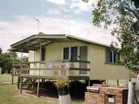 Cosy Cottages Amity Point - Hotel Accommodation