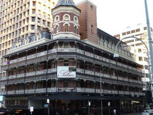 Base Brisbane Backpackers Central - Hotel Accommodation