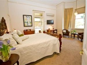 Brisbane Milton Bed and Breakfast - Hotel Accommodation