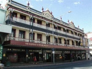 Prince Consort Backpackers - Hotel Accommodation