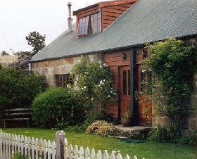 Daisy Bank Cottages - Hotel Accommodation