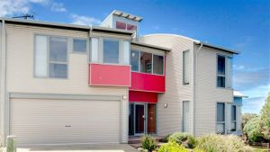 Phillip Island Waterfront House - Hotel Accommodation
