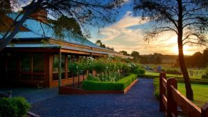 Glen Erin at Lancefield - Hotel Accommodation
