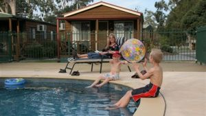 Lake Fyans Holiday Park - Hotel Accommodation