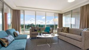 Pacific Suites Canberra - Hotel Accommodation