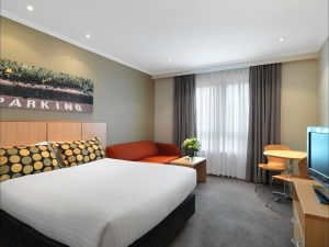 Travelodge Hotel Macquarie North Ryde Sydney - Hotel Accommodation