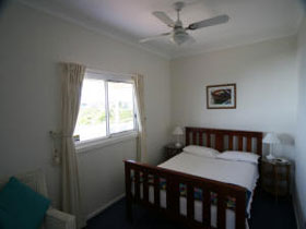 Beachside Cottage - Hotel Accommodation