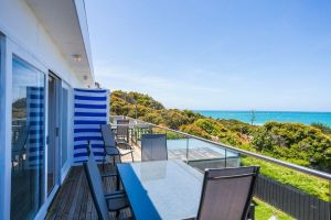 Lorne Beach Accom - Hotel Accommodation