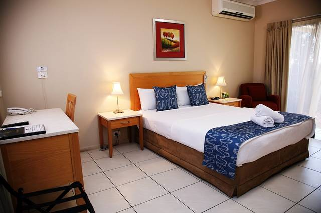 Cascade Motel In Townsville - Hotel Accommodation