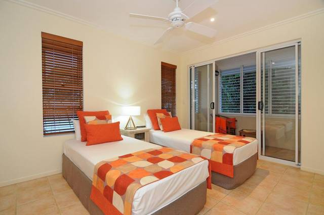 Cayman Villas Port Douglas - Hotel Accommodation
