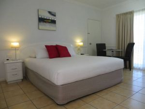 Charters Towers Heritage Lodge Motel - Hotel Accommodation