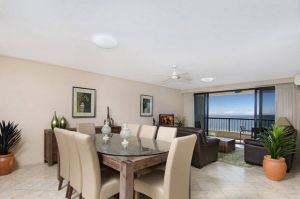 Clubb Coolum Beach Resort - Hotel Accommodation