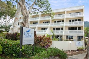 Marlin Waters Beachfront Apartments - Hotel Accommodation