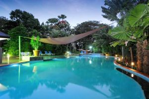 Oasis at Palm Cove - Hotel Accommodation
