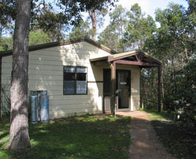 Gum Grove Chalets - Hotel Accommodation