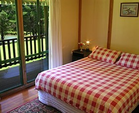 Hawke Brook Chalets - Hotel Accommodation