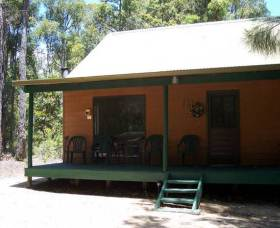 Loose Goose Chalets - Hotel Accommodation