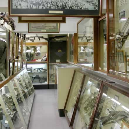 Queensland Military Memorial Museum - Hotel Accommodation