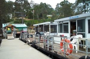 Clyde River Houseboats - Hotel Accommodation