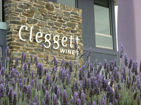 Cleggett Wines - Hotel Accommodation
