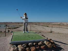Coober Pedy Opal Fields Golf Club - Hotel Accommodation