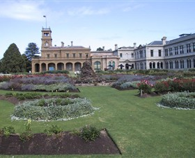 Werribee Mansion - Hotel Accommodation