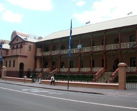 Parliament House - Hotel Accommodation