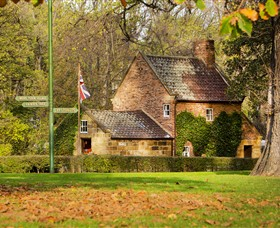 Cooks Cottage - Hotel Accommodation