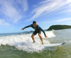 Central Coast Surf School - Hotel Accommodation