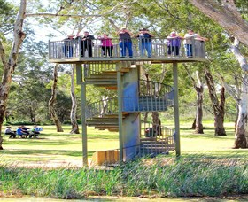 Darling and Murray River Junction and Viewing Tower - Hotel Accommodation