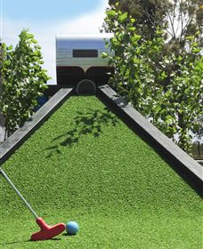 Mini Golf at BIG4 Swan Hill Holiday Park - Hotel Accommodation
