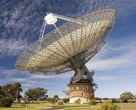 CSIRO Parkes Radio Telescope - Hotel Accommodation
