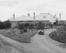Ammerdown Historic Homestead - Hotel Accommodation
