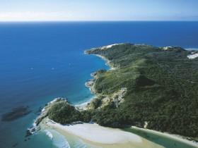 Moreton Island National Park - Hotel Accommodation