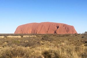 Highlights of Uluru Including Sunrise and Breakfast - Hotel Accommodation