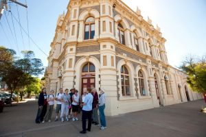 Broken Hill Heritage Walk Tour - Hotel Accommodation