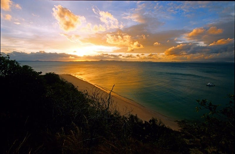 North Keppel Island Hilltop Trail - Hotel Accommodation
