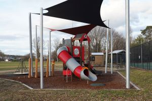 Braidwood Recreation Grounds and Playground - Hotel Accommodation