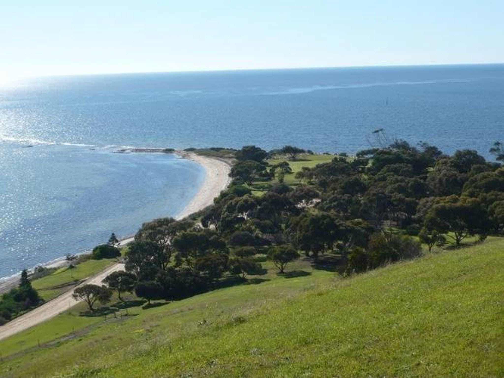 Historical Reeves Point Walk - Hotel Accommodation