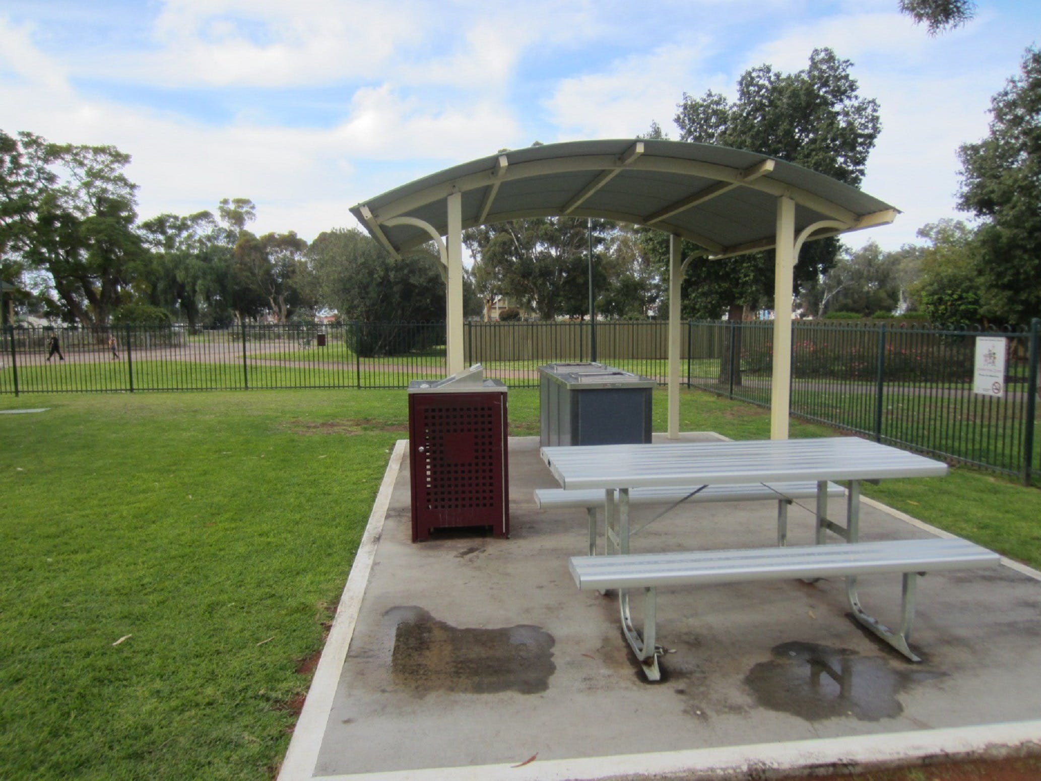 Sturt Park Reserve and Titanic Memorial - Hotel Accommodation