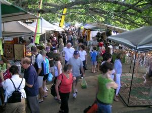 Eumundi Markets - Hotel Accommodation
