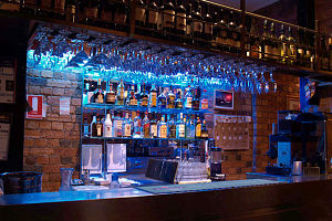 Red Rock Pizza Bar  Restaurant - Hotel Accommodation