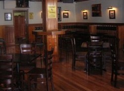 Jack Duggans Irish Pub - Hotel Accommodation