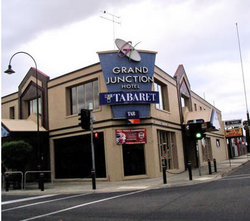 Grand Junction Hotel - Hotel Accommodation