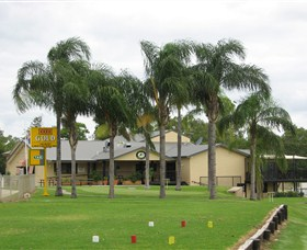 Moree Golf Club - Hotel Accommodation