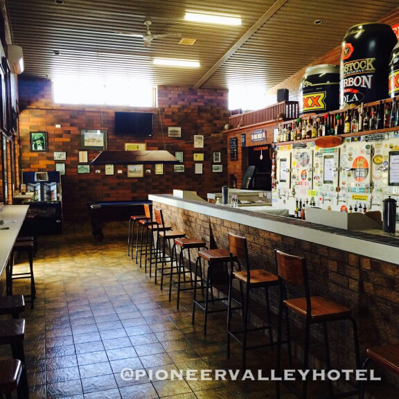 Pioneer Valley Hotel - Hotel Accommodation