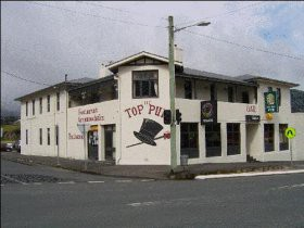 The Top Pub - - Hotel Accommodation