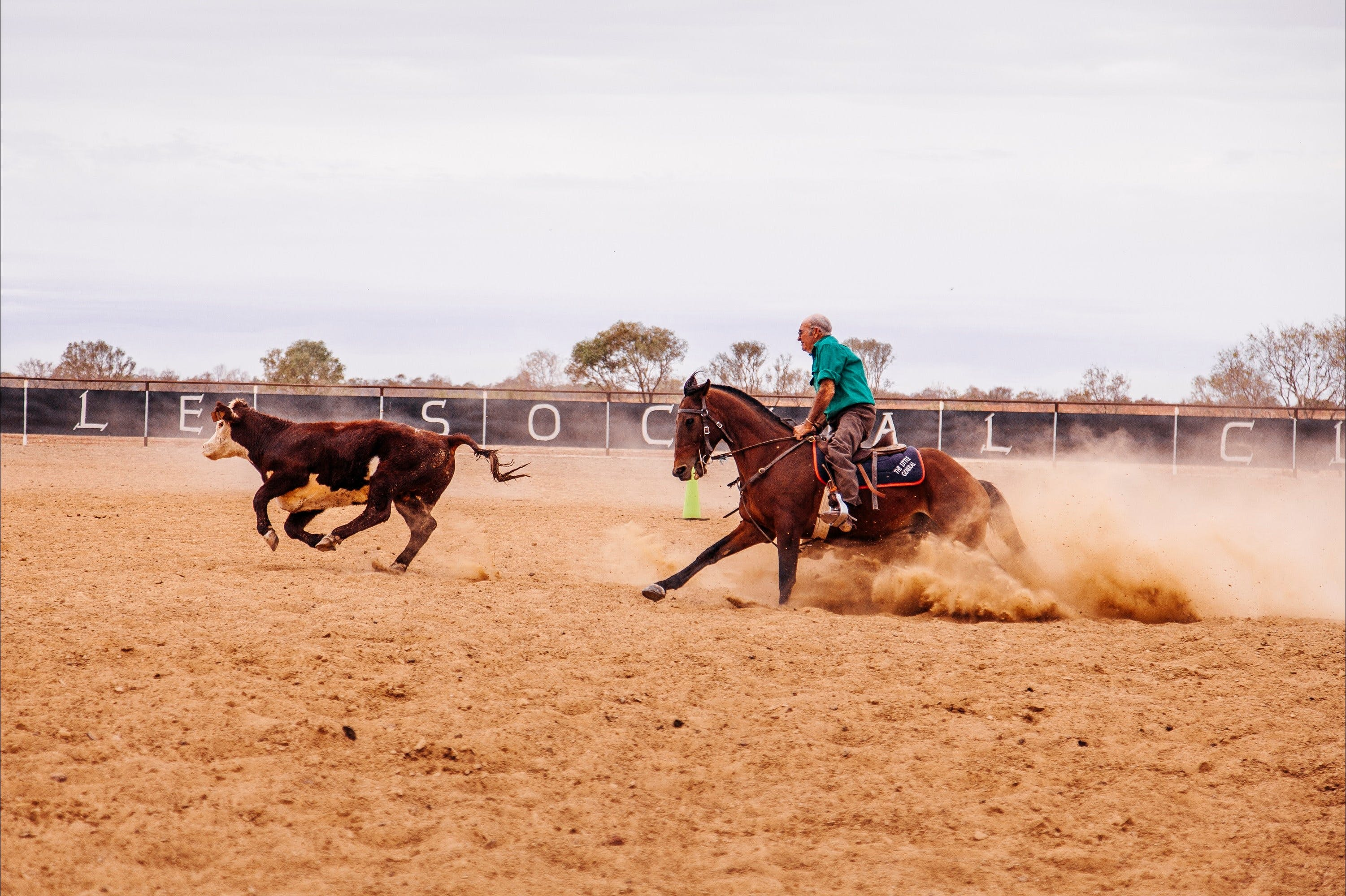 Birdsville Campdraft  Rodeo and Bronco Branding - Hotel Accommodation