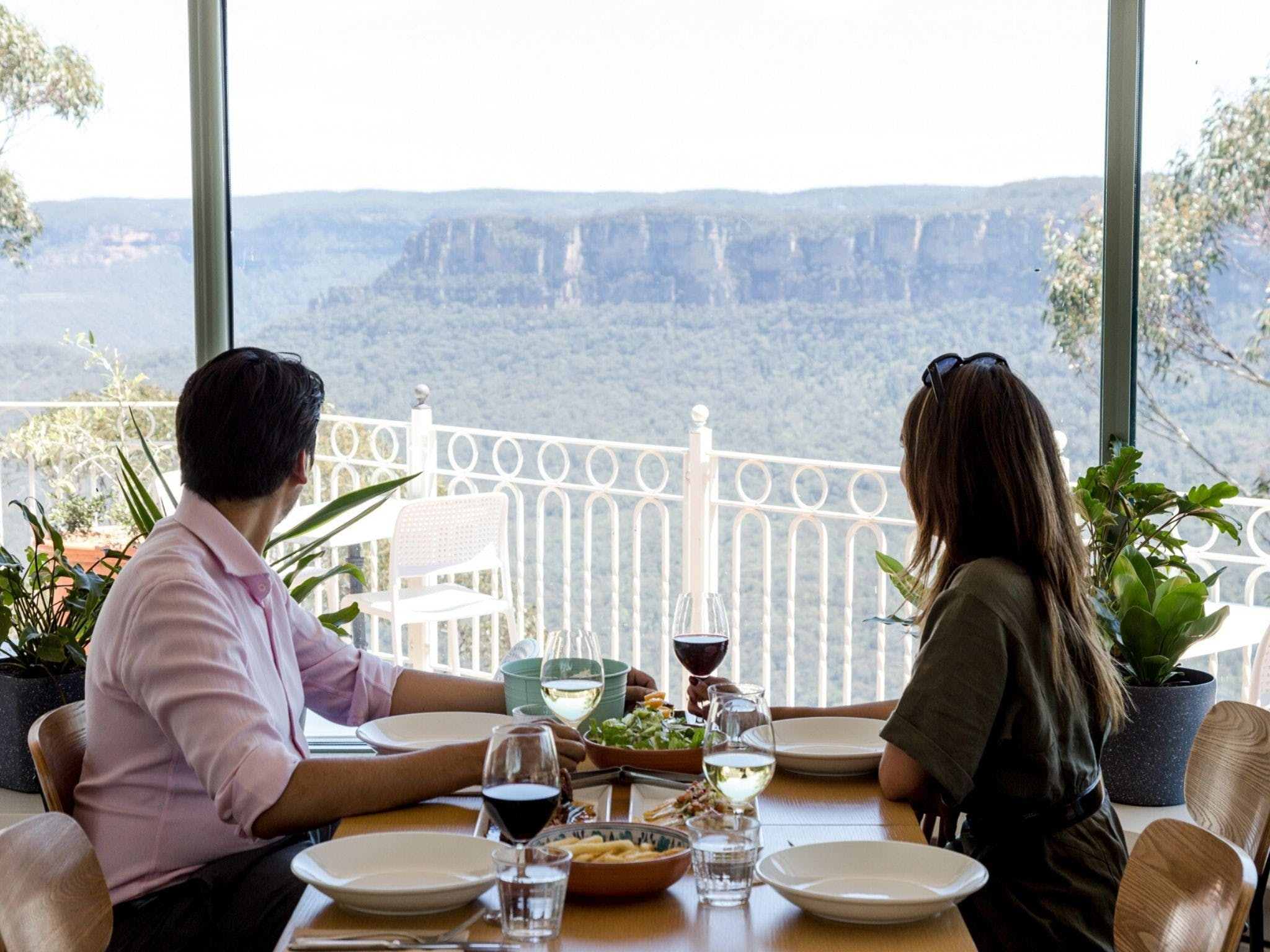 Christmas Day Lunch at The Lookout Echo Point - Hotel Accommodation